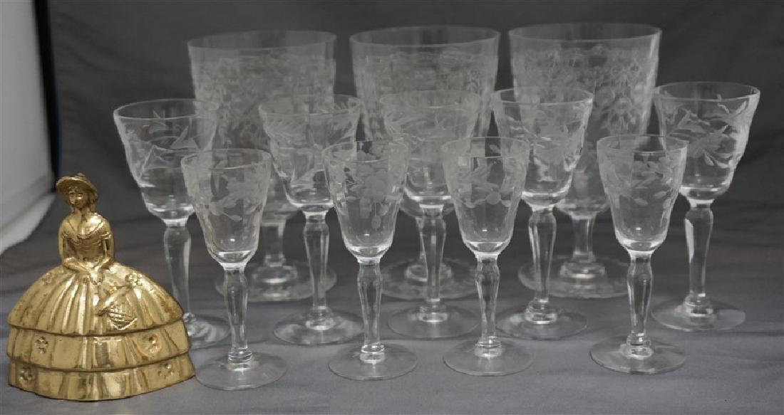 12 pc VINTAGE ELEGANT ETCHED PANELED GLASS - 7