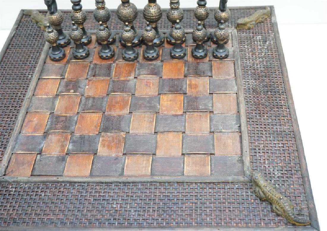 NEW CHESS SET ALLIGATOR ACCENTS - 3