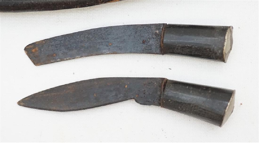 2 KUKRI GURKHA KNIVES HORN & SILVER LION HEAD - 4