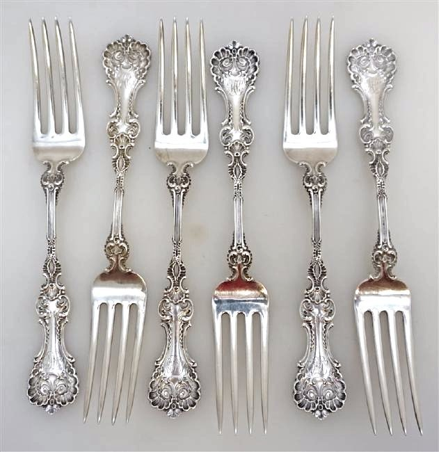 6 WHITING STERLING SILVER POMPADOUR FORKS