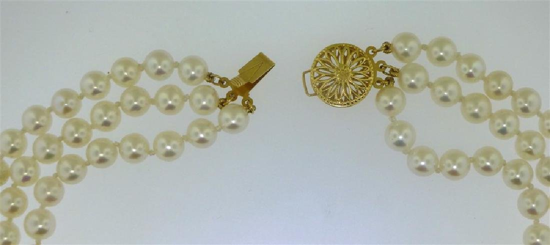 TRIPLE STRAND PEARL NECKLACE - 4