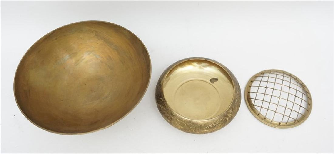 2 VINTAGE BRASS COMPOTE AND BOWL - 5
