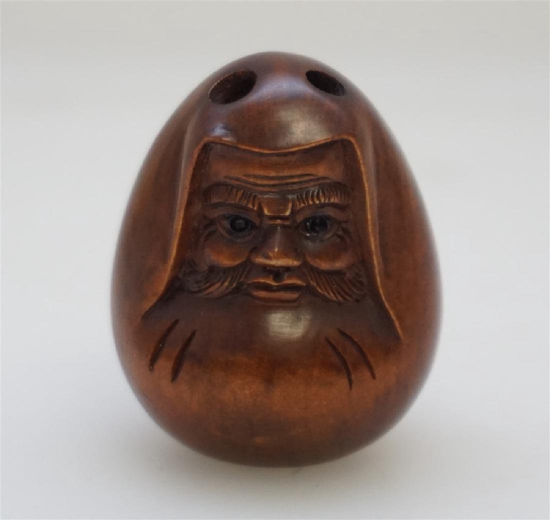 JAPANESE CARVED BOXWOOD DARUMA NETSUKE