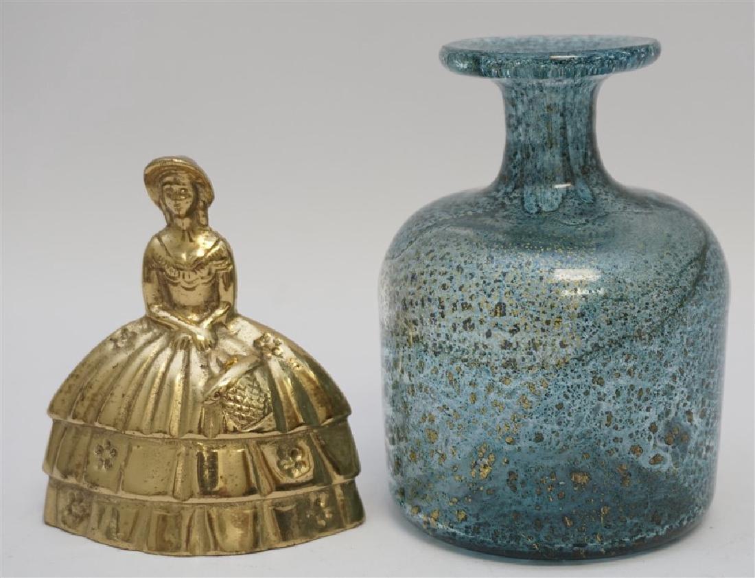 MID CENTURY MURANO BLOWN GLASS VASE W GOLD FLECKS - 4