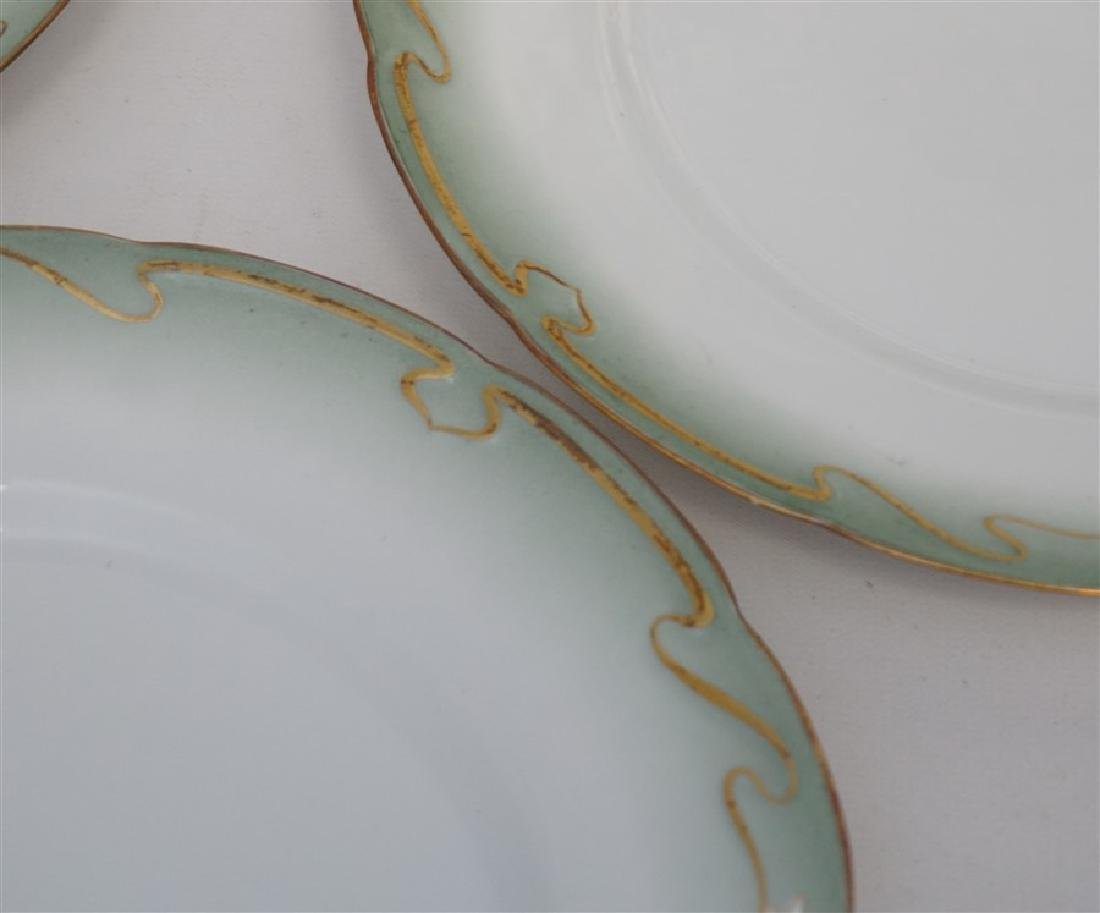 10 ART NOUVEAU DINNER PLATES GILT DAISY - 4