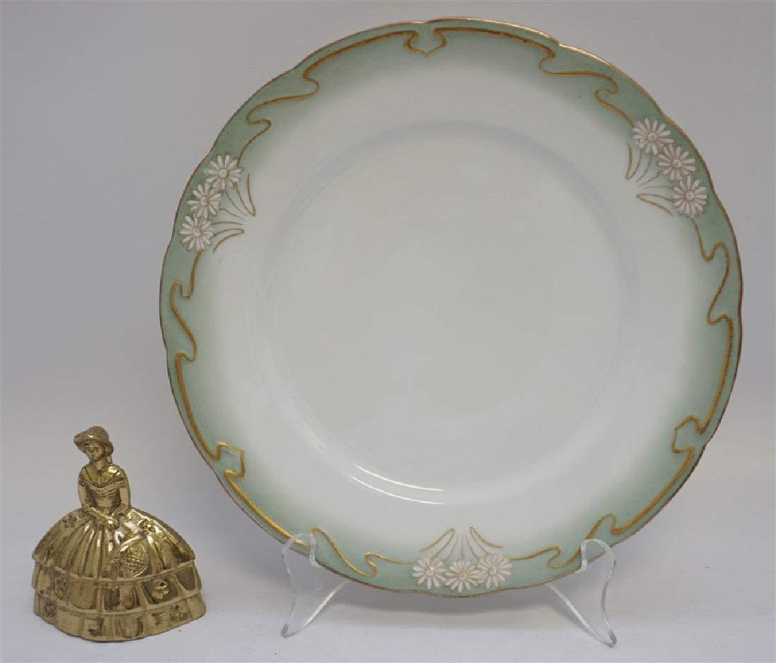 10 ART NOUVEAU DINNER PLATES GILT DAISY - 6