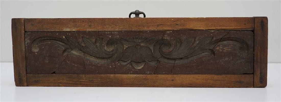AMERICAN 18h c. ARCHITECTURAL WOOD MOLD