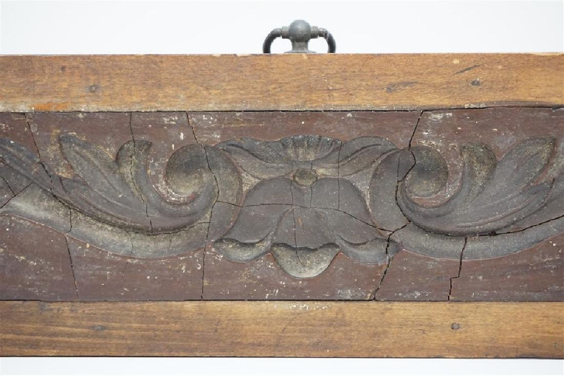 AMERICAN 18h c. ARCHITECTURAL WOOD MOLD - 2