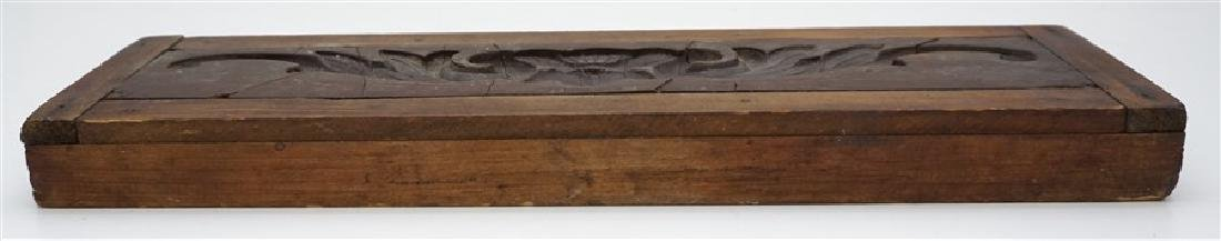 AMERICAN 18h c. ARCHITECTURAL WOOD MOLD - 9