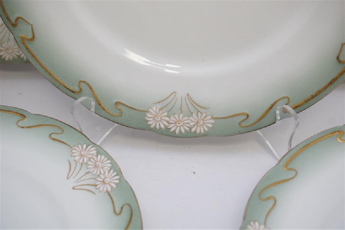 10 ART NOUVEAU DINNER PLATES GILT DAISY - 3