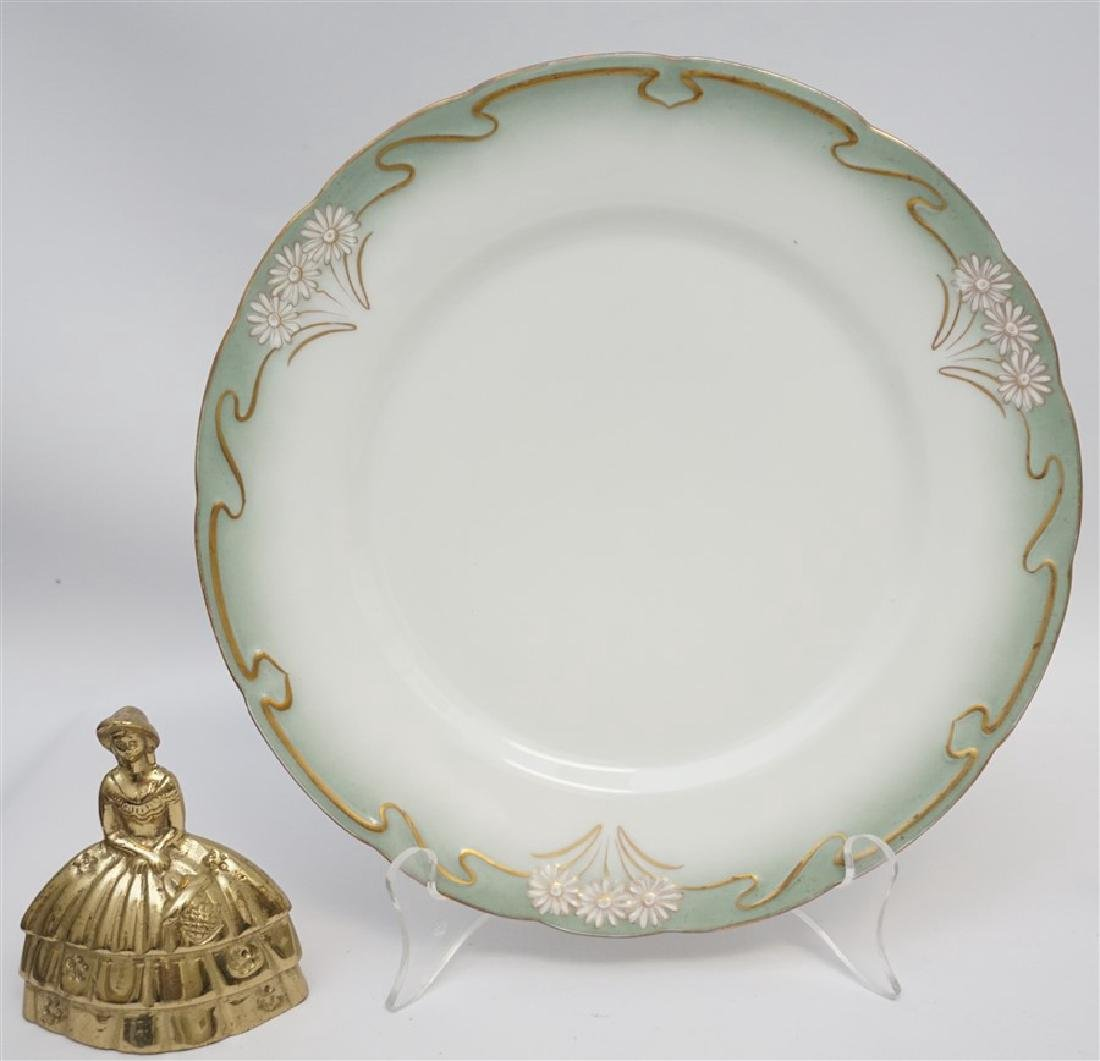10 ART NOUVEAU DINNER PLATES GILT DAISY - 5