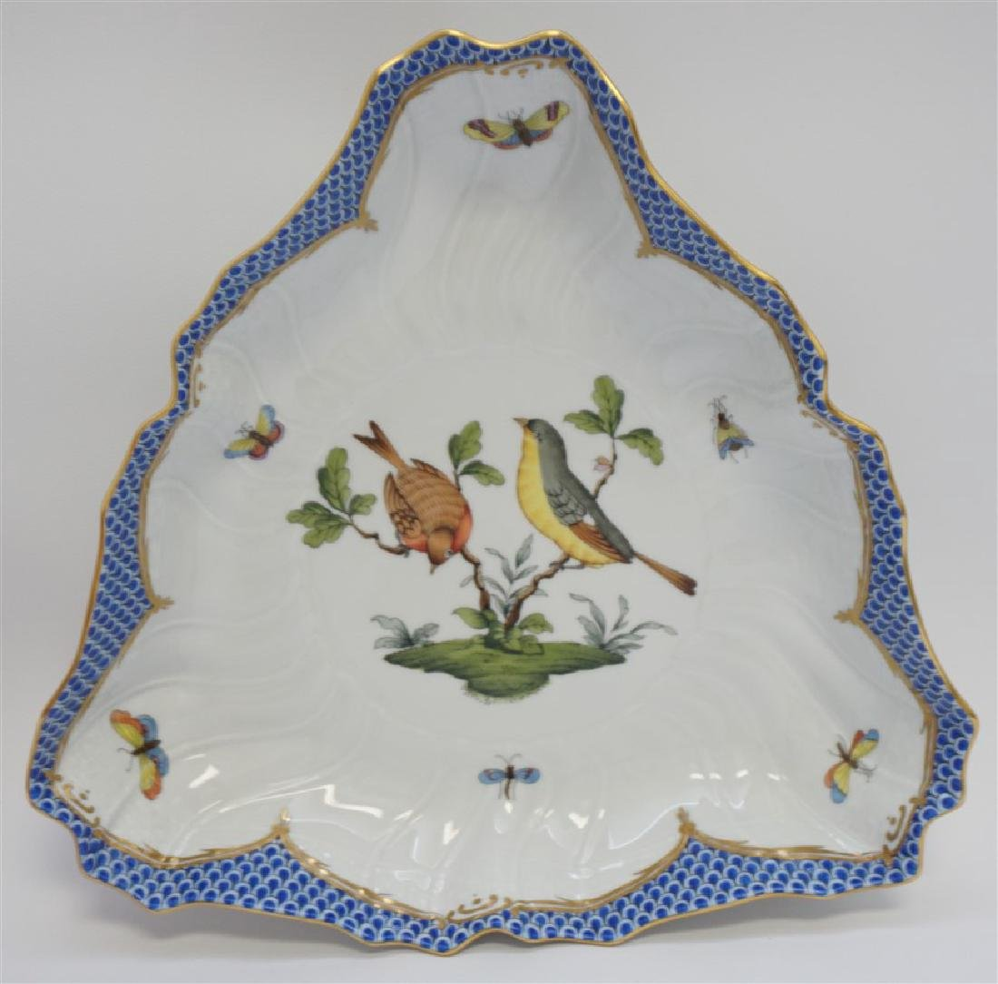 HEREND PORCELAIN ROTHSCHILD BIRD TRIANGLE DISH