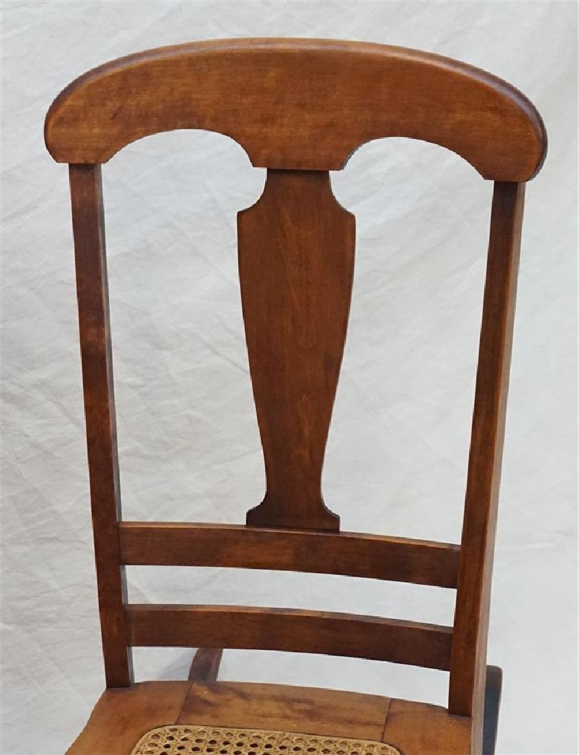 ANTIQUE AMERICAN ROCKING CHAIR - 2