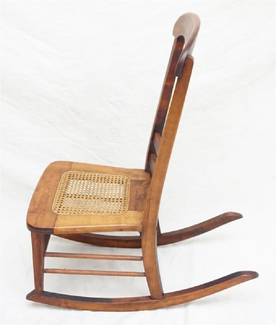 ANTIQUE AMERICAN ROCKING CHAIR - 5
