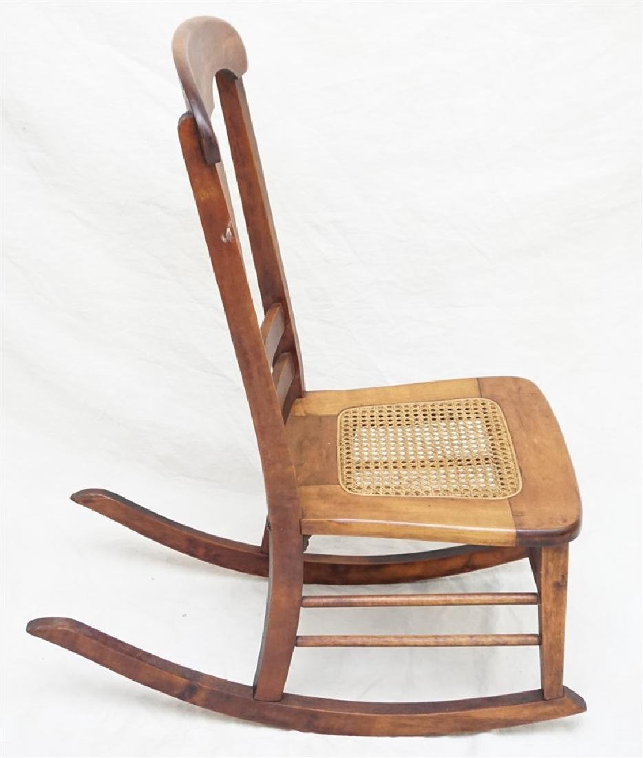 ANTIQUE AMERICAN ROCKING CHAIR - 8