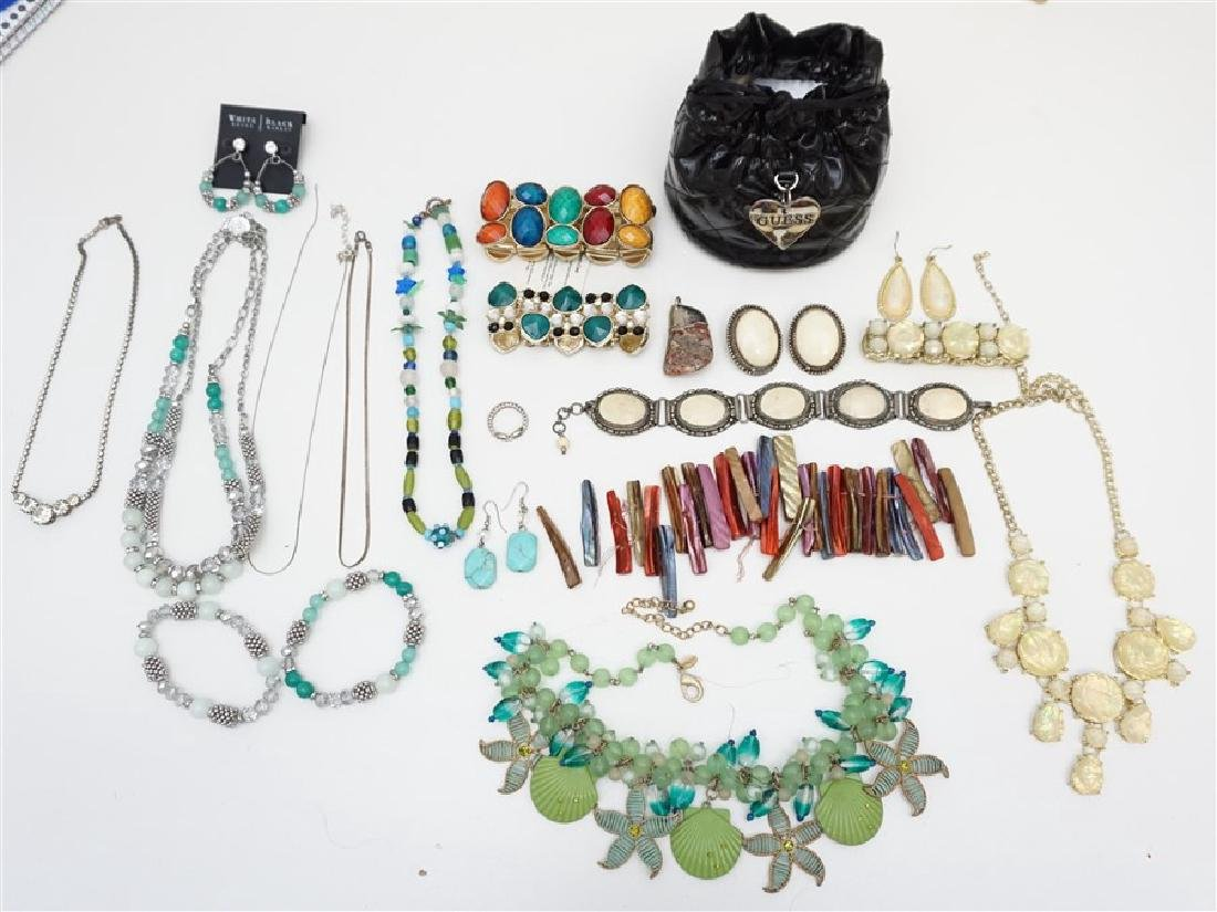17 pc VINTAGE ESTATE COSTUME JEWELRY