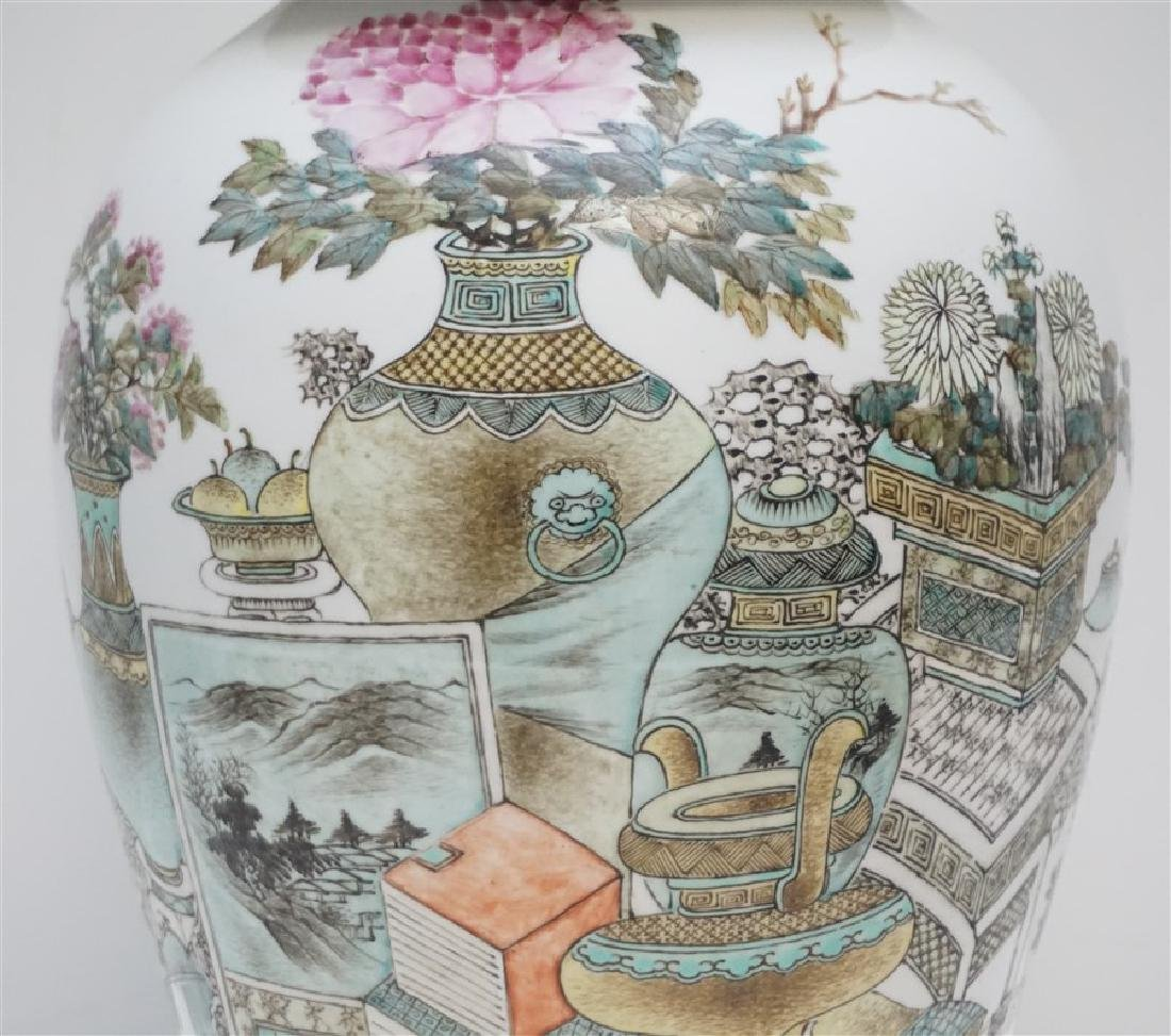 LARGE ANTIQUE CHINESE FAMILLE ROSE JAR - 2