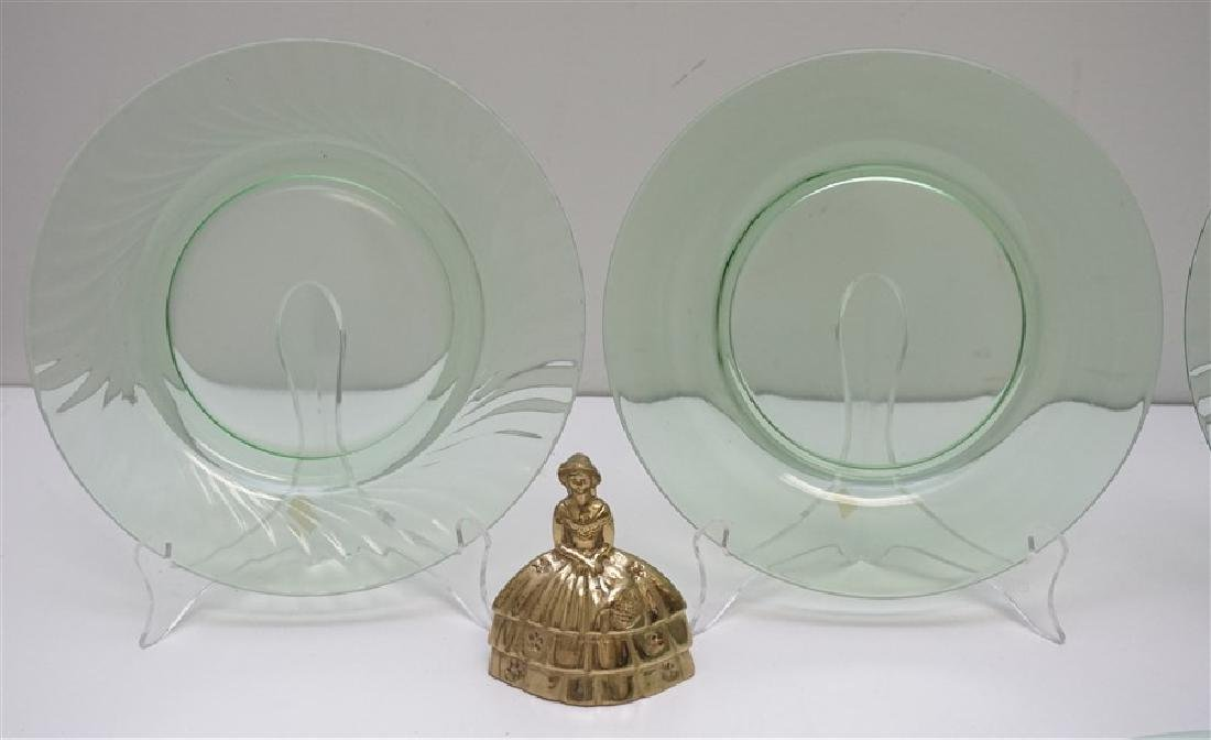 8 VINTAGE GREEN GLASS PLATES - 4 VASELINE - 4