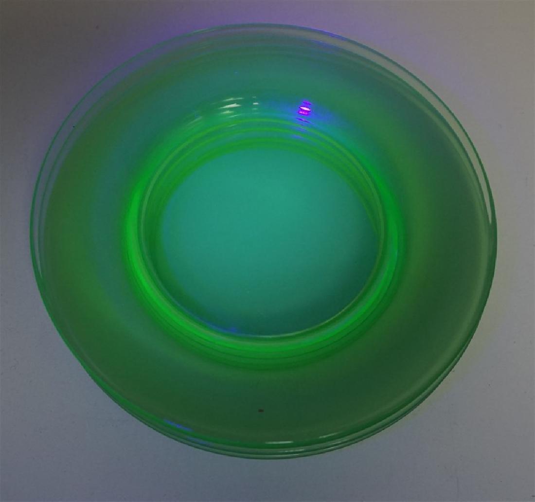 8 VINTAGE GREEN GLASS PLATES - 4 VASELINE - 5