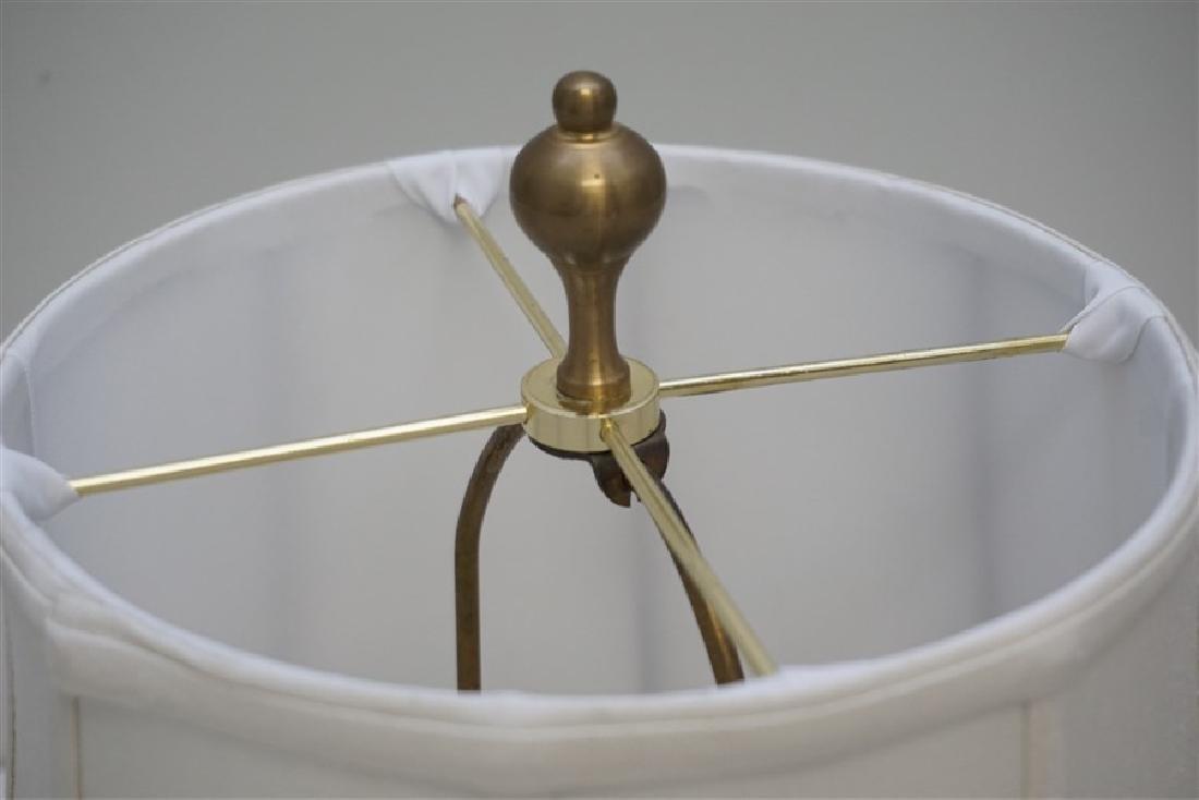 VINTAGE PORCELAIN GINGER JAR LAMP - 4