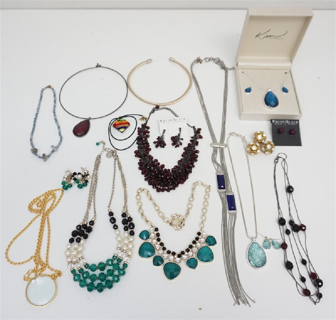 LARGE COLLECTION FASHION JEWELRY