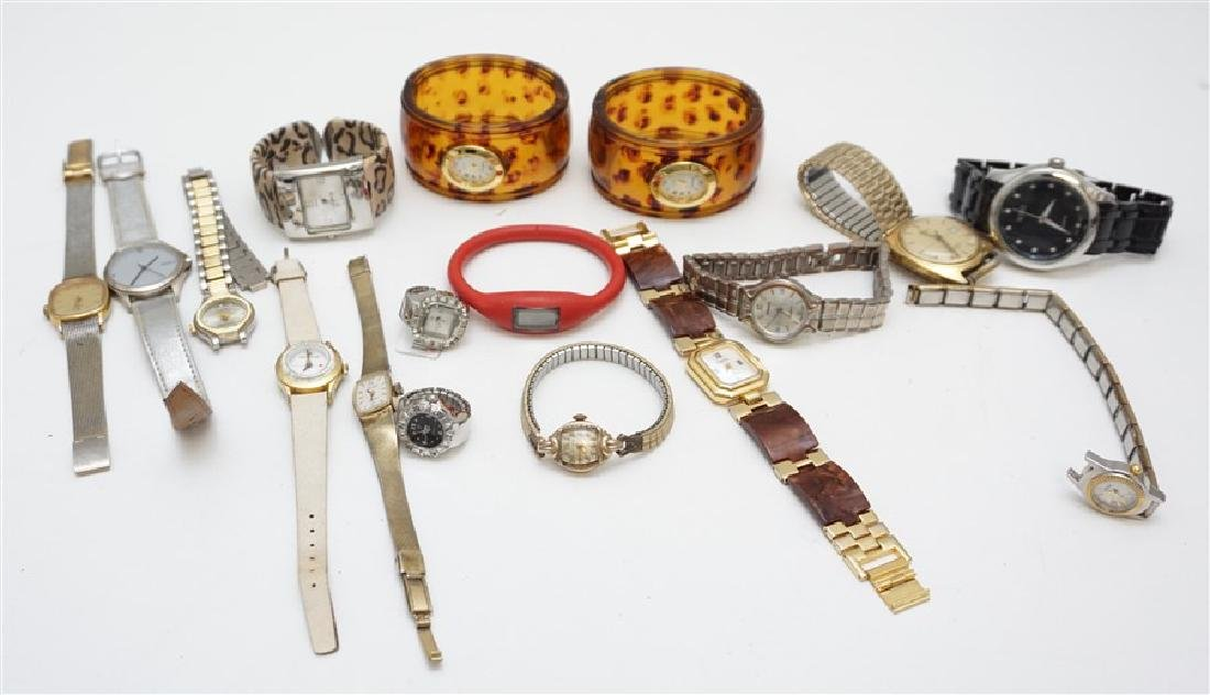 LARGE COLLECTION FASHION WATCHES