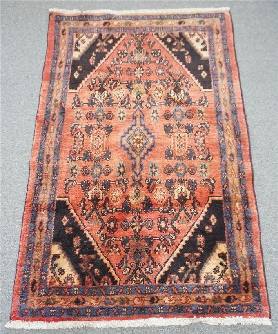 HAND KNOTTED IRAN SMALL AREA RUG