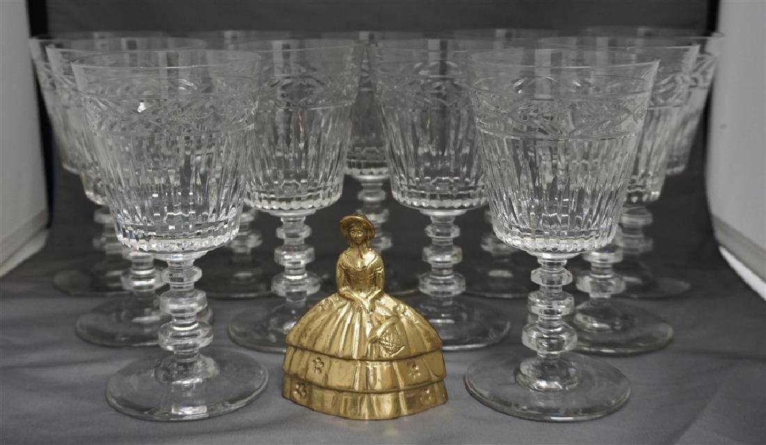 11 CONTEMPORARY CRYSTAL GLASSES - 7