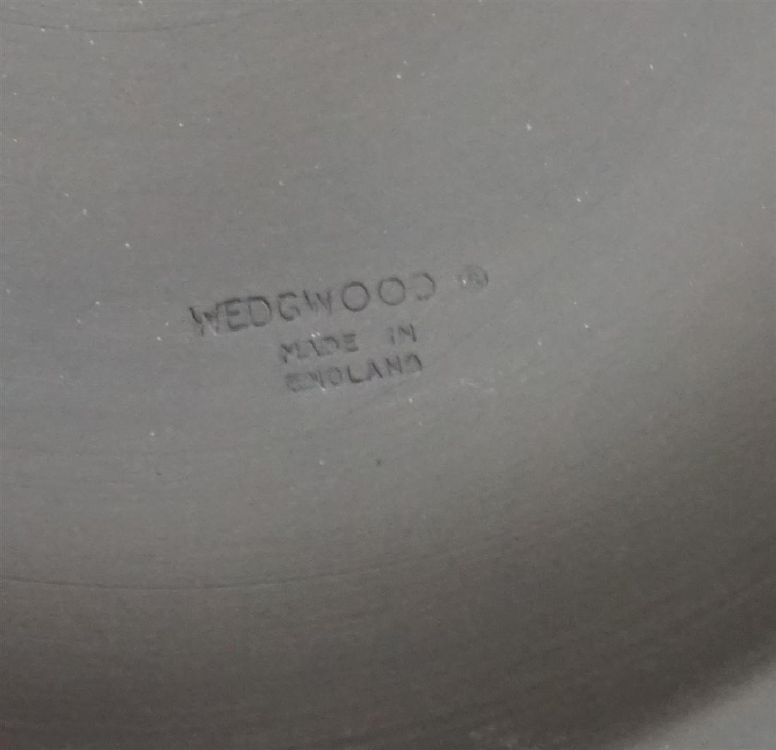 24 BASALT BLACK WEDGWOOD PLATES & BOWLS - 4
