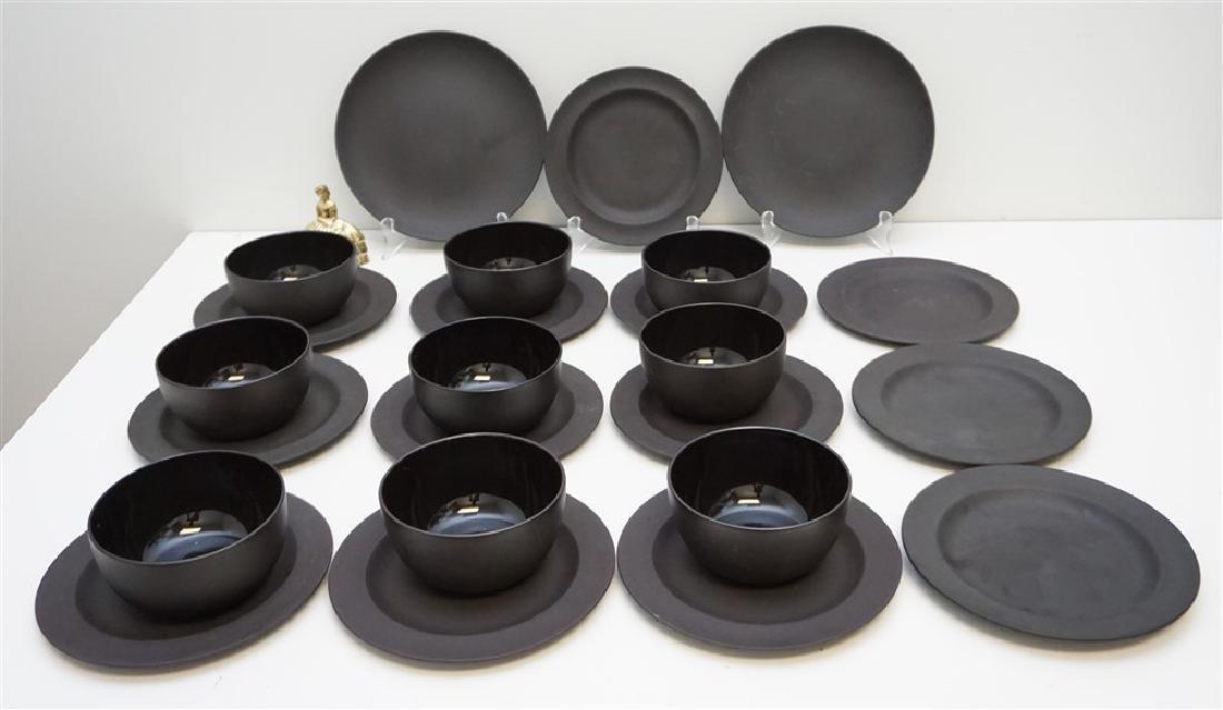 24 BASALT BLACK WEDGWOOD PLATES & BOWLS - 5