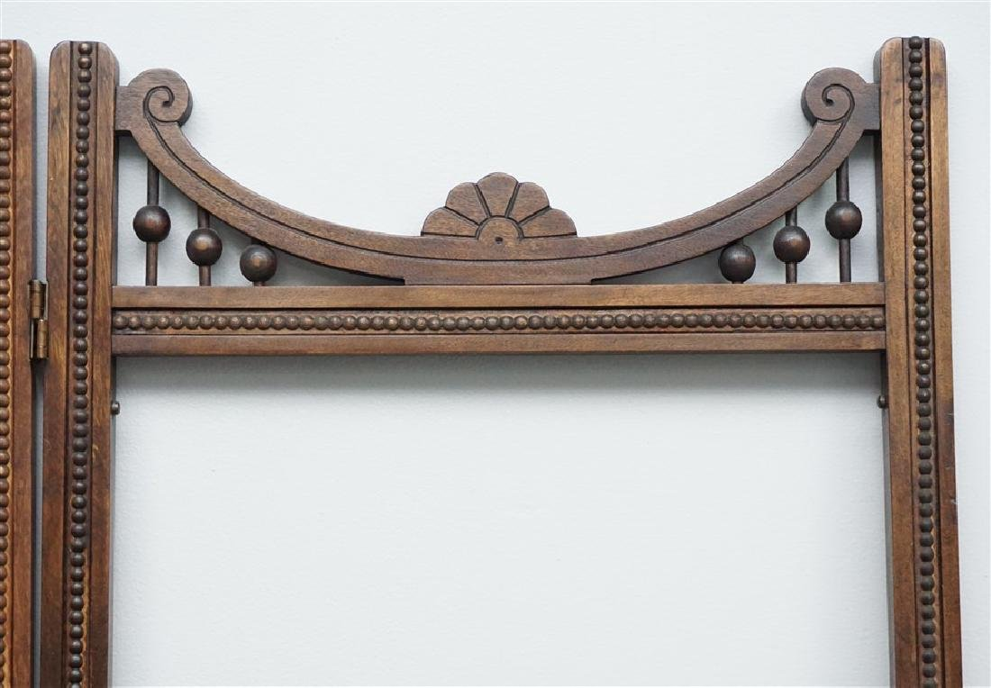 VICTORIAN OAK STICK AND BALL ROOM DIVIDER SCREEN - 5