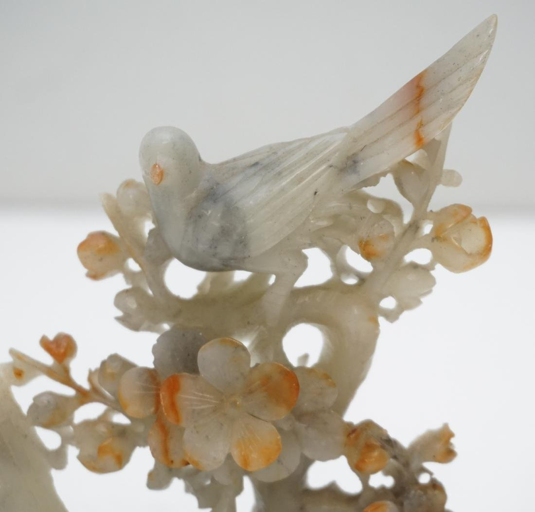CHINESE CARVED AGATE BIRDS - 2
