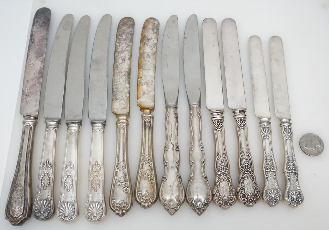 12 VARIOUS STERLING HANDLE DINNER KNIVES - 4