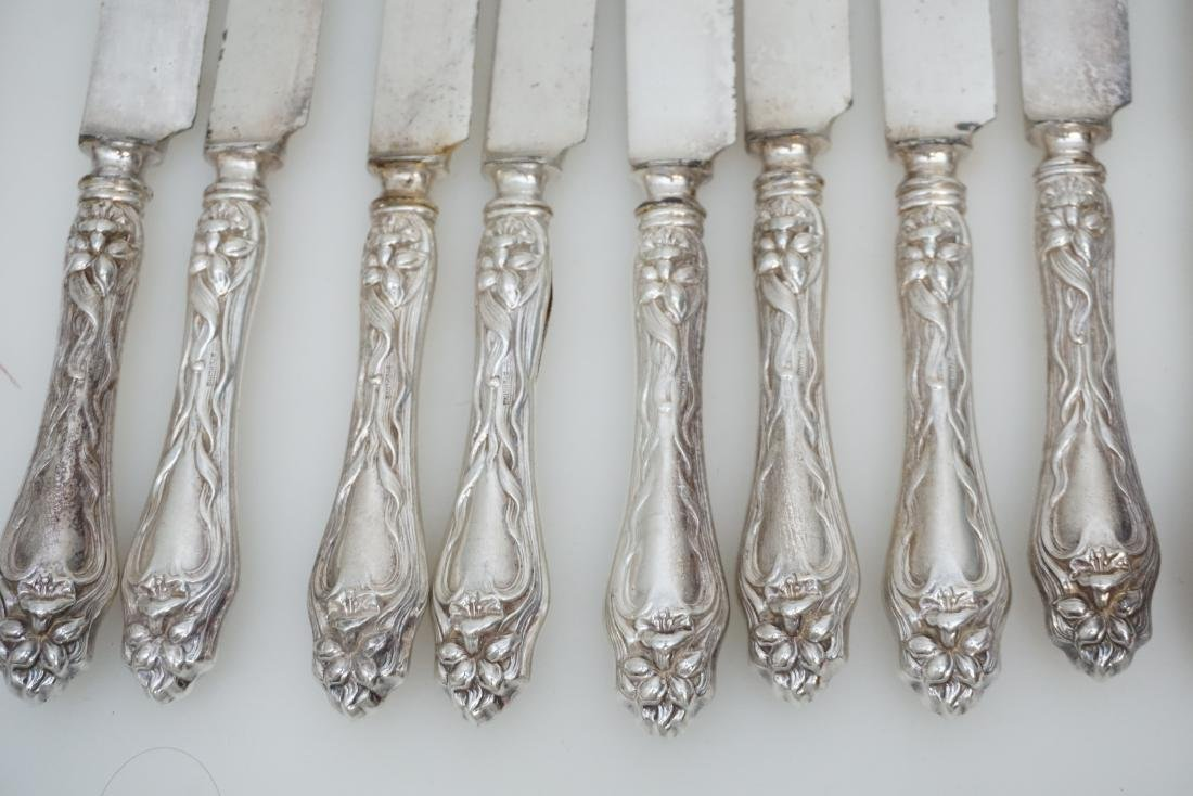 12 AMERICAN STERLING LILY DINNER KNIVES - 3