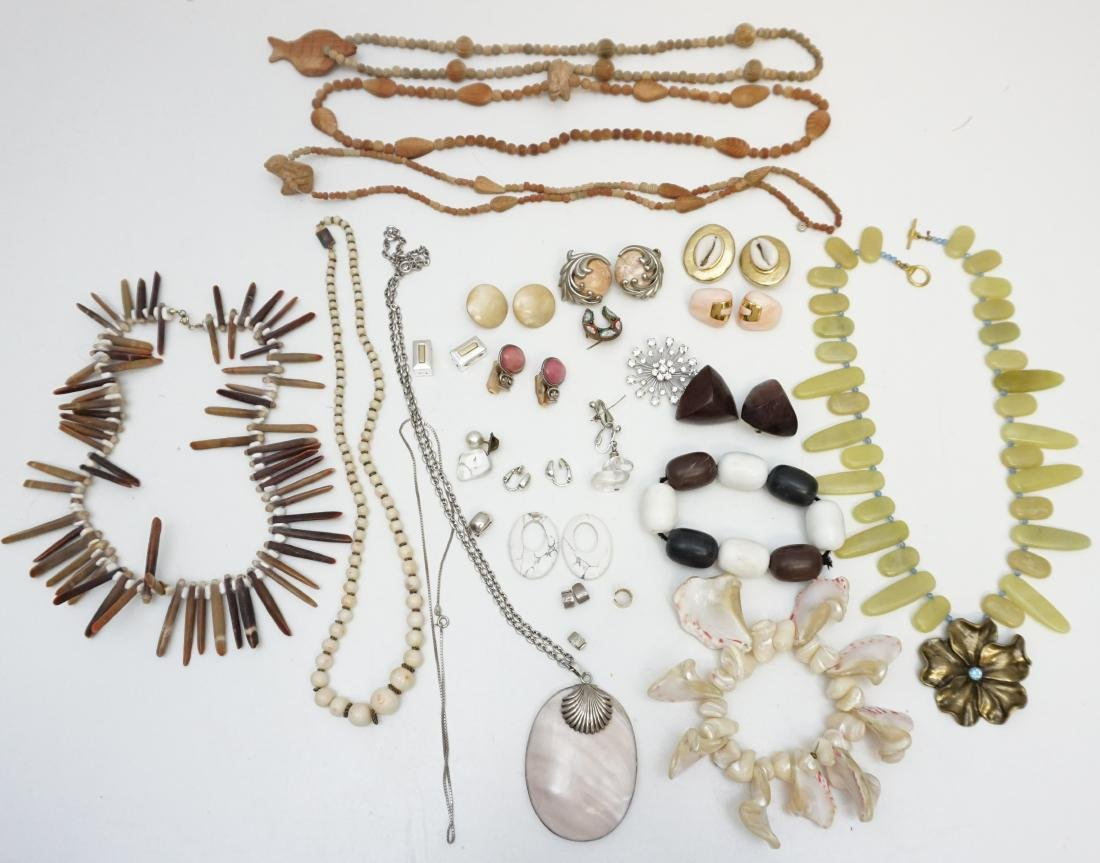 20 Pc. ESTATE COSTUME JEWELRY