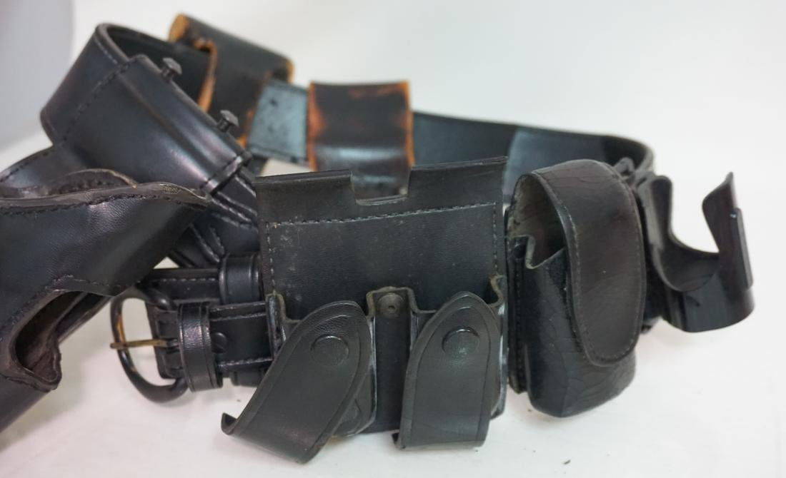 2 LEATHER GUN HOLSTERS - 4
