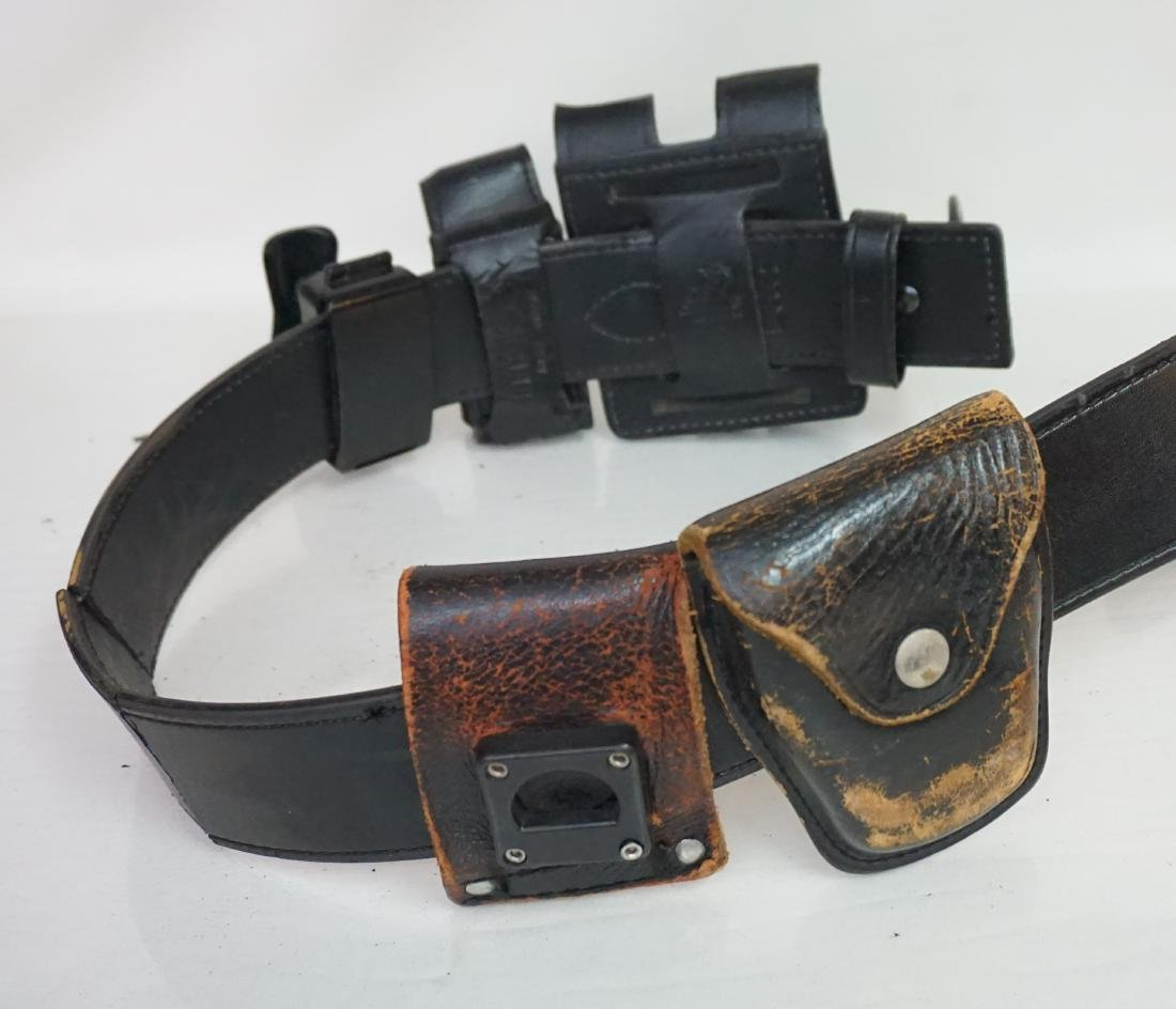 2 LEATHER GUN HOLSTERS - 7