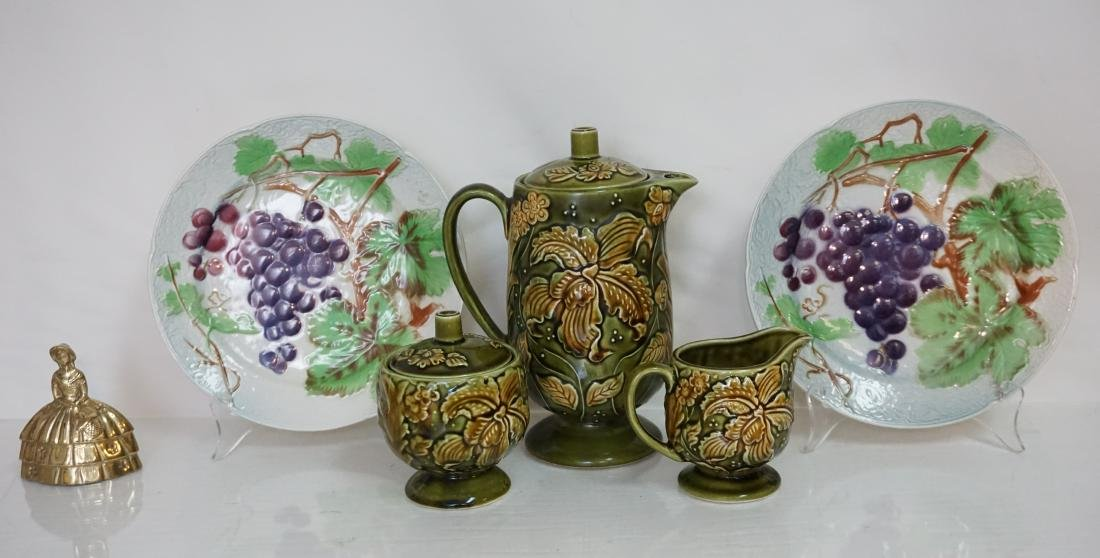 5 pc MAJOLICA COFFEE & ST CLEMENT PLATES - 10