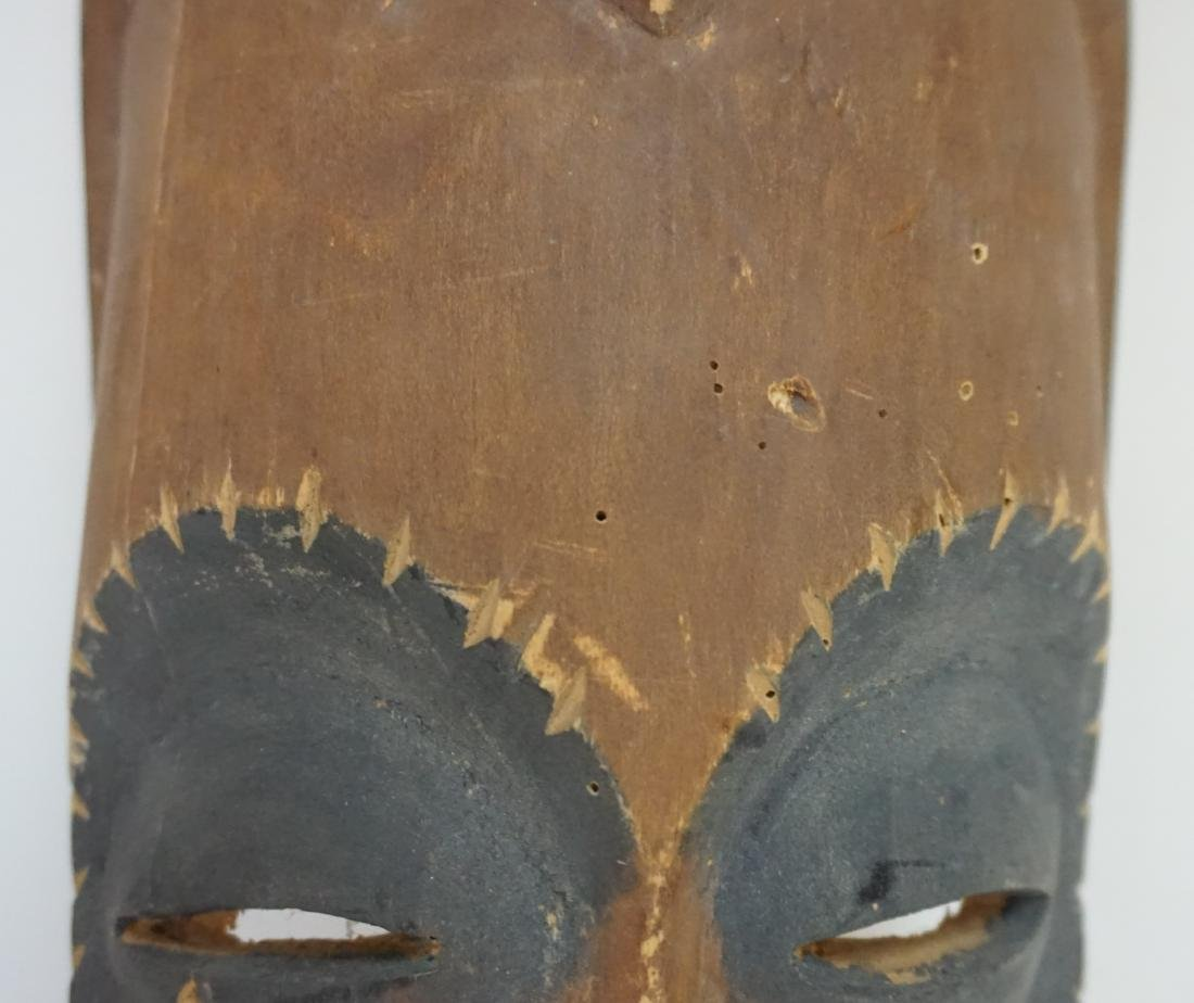 2 PACIFIC ISLANDS CARVED MASKS - 7