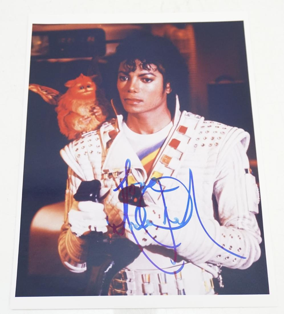 MICHAEL JACKSON AUTOGRAPHED PHOTO COA