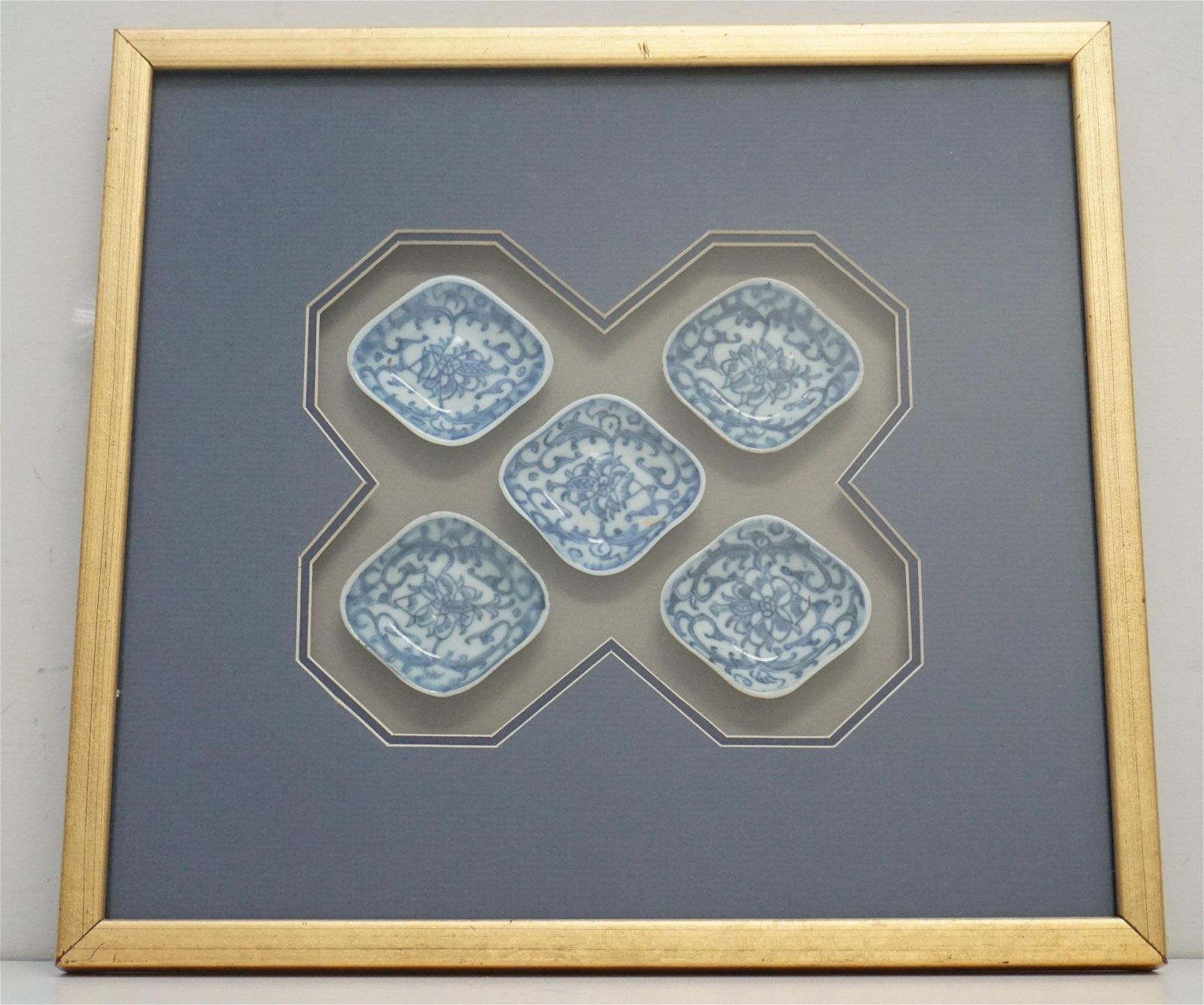 FRAMED QING DYNASTY BLUE & WHITE DISHES