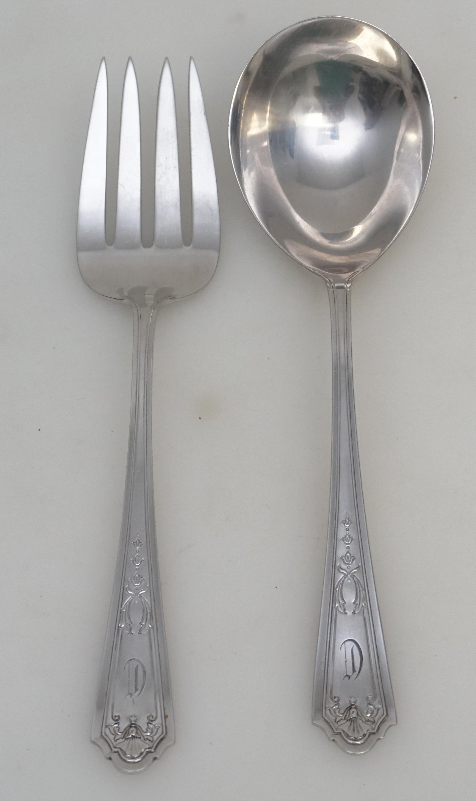 2 STERLING SILVER 1912 QUEEN LOUISE SALAD SET