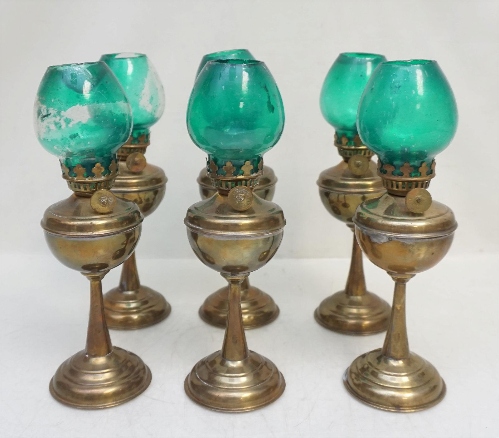 6 VINTAGE SMALL OIL LAMPS