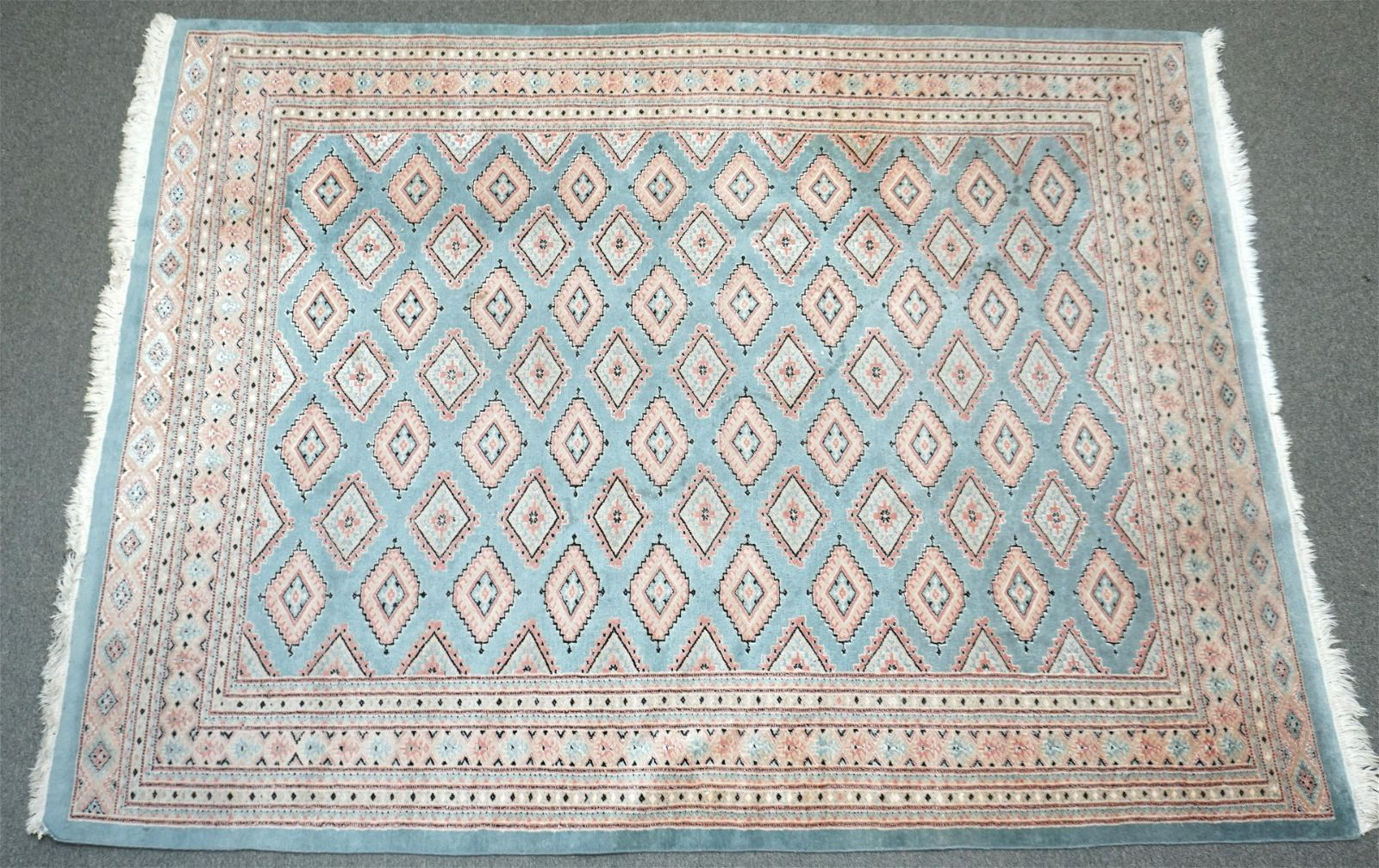 HAND KNOTTED BOKHARA RUG