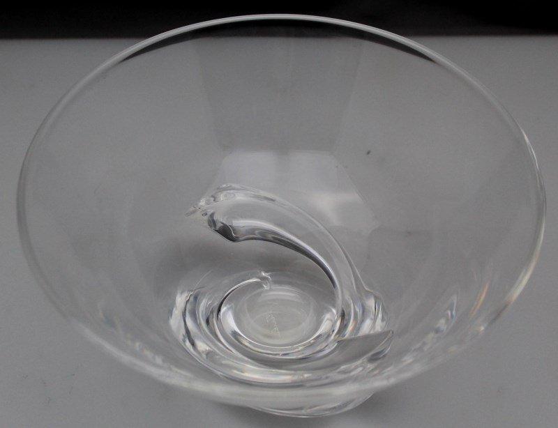 STEUBEN GLASS SPIRAL BOWL - MID CENTURY DONALD POLLARD - 3