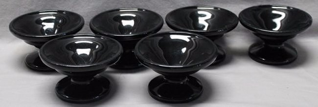 6 VEE CUP 1930s BLACK GLASS DRUGSTORE FOUNTAIN CUPS