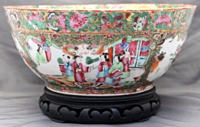 19th c. ROSE MEDALLION PUNCH BOWL ON STAND