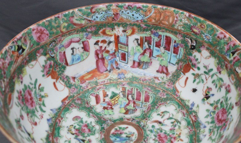 19th c. ROSE MEDALLION PUNCH BOWL ON STAND - 4