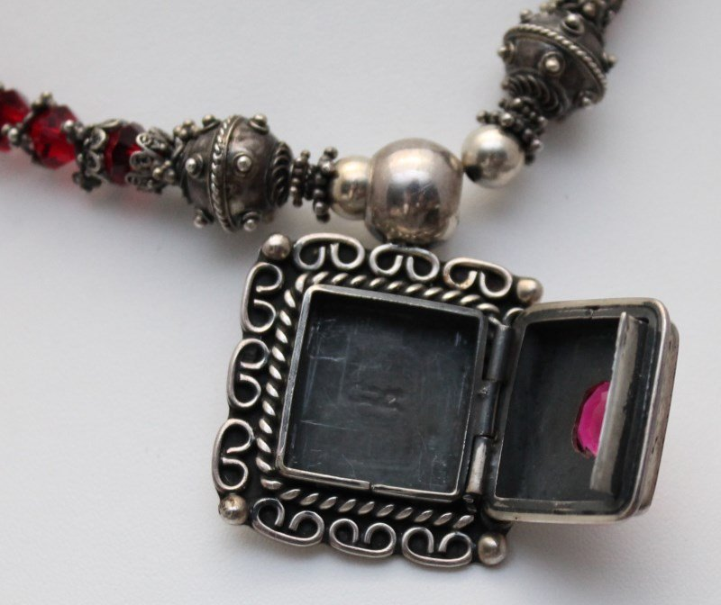 TAXCO STERLING SILVER NECKLACE WITH PENDANT - 8
