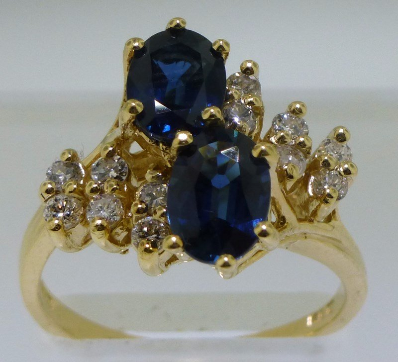 ESTATE SAPPHIRE DIAMOND 14K RING